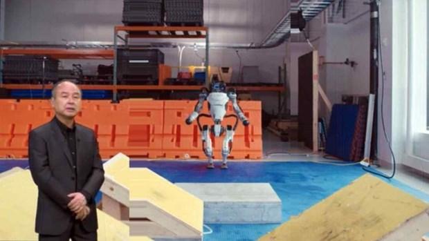 Giam doc SoftBank: Robot thong minh giup hoi sinh kinh te Nhat Ban hinh anh 1