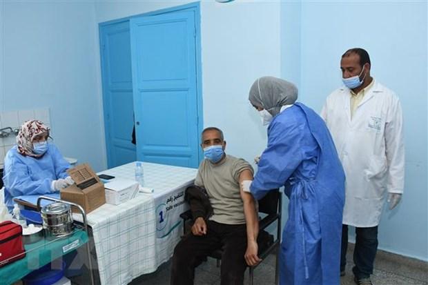 Nhung tro ngai trong tiep can vaccine ngua COVID-19 cua chau Phi hinh anh 1