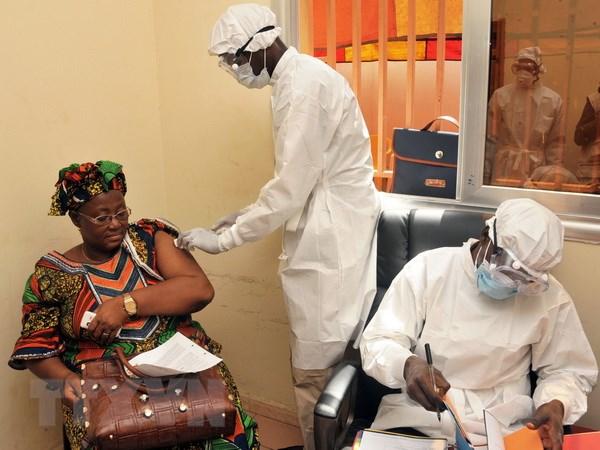 WHO cong bo da tim thay vaccine chong Ebola hieu qua 100% hinh anh 1
