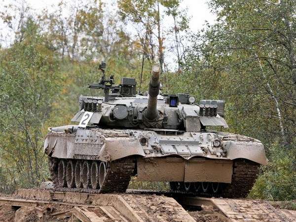 Vi sao T-80 tro thanh la