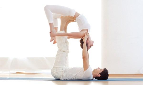 Nhung bai tap yoga giup nhanh chong cai thien tinh cam vo chong hinh anh 5