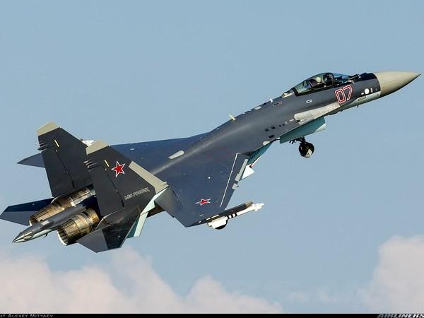 Nga lan dau dua may bay Su-35S toi thu lua o Syria hinh anh 1