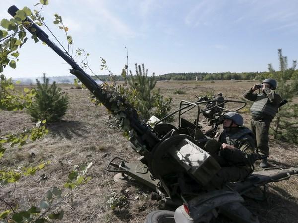 Ukraine khang dinh viec dong cua vung troi tren ban dao Crimea hinh anh 1