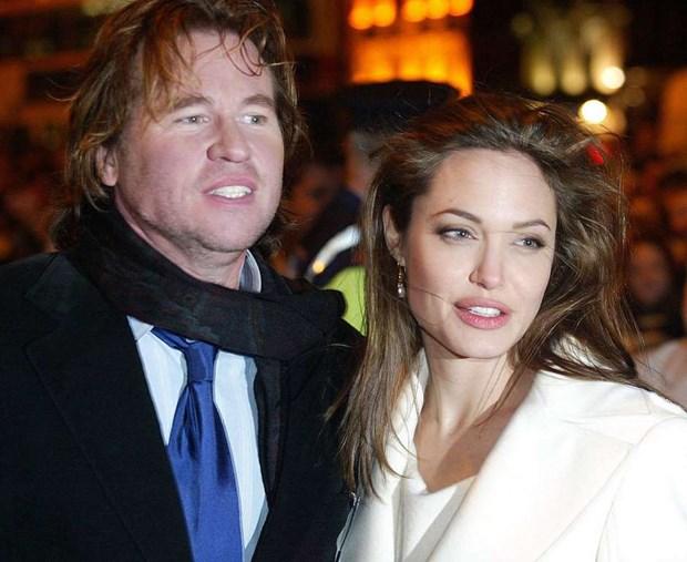Diem lai nhung moi tinh chong vanh cua Brad Pitt va Angelina Jolie hinh anh 4