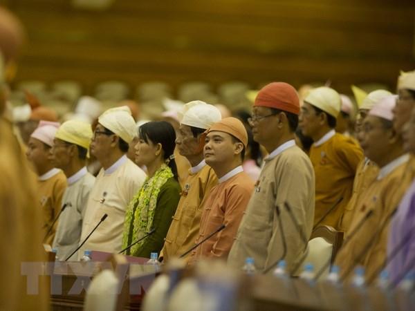 Myanmar tien hanh bau cu quoc hoi giua ky dau tien tren ca nuoc hinh anh 1
