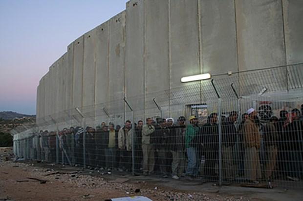 [Videographics] Chi tiet ve rao chan an ninh 3 ty USD cua Israel hinh anh 1