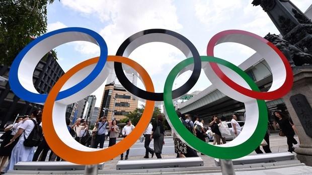 COVID-19: Nguoi Nhat ung ho viec huy hoac tiep tuc hoan Olympic Tokyo hinh anh 1