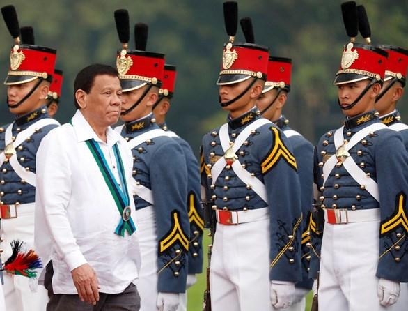 Philippines dieu tra thong tin tiem vacxin bat hop phap hinh anh 1