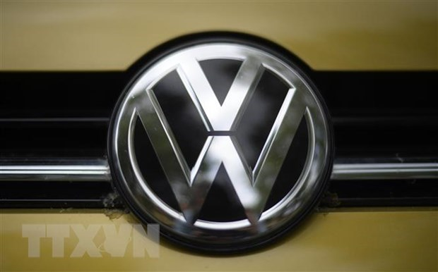 Volkswagen va nghiep doan IG Metall nhat tri ve thoa thuan tang luong hinh anh 1