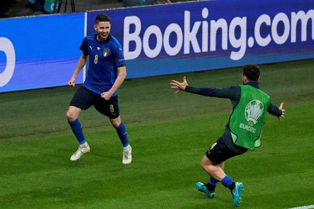 EURO 2020: Jorginho va co hoi doat Qua bong vang hinh anh 1