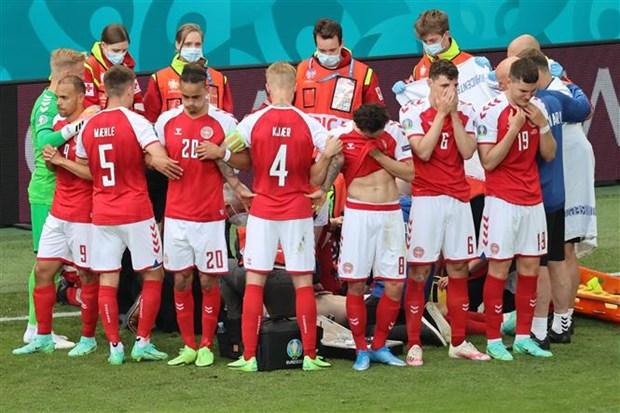 EURO 2020: Tu Eriksen den ky uc am anh cua cuu tien ve Muamba hinh anh 1