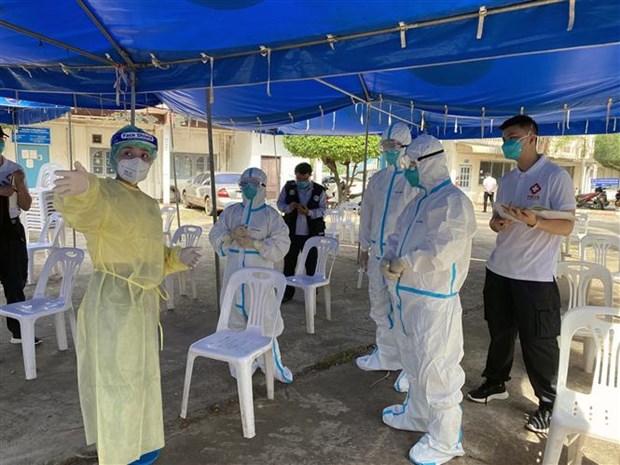 Dich COVID-19: Lao bat dau dot tiem vaccine vong hai hinh anh 1