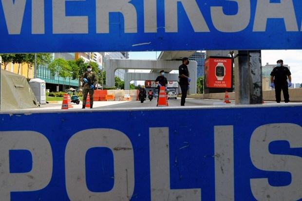 Malaysia: Mot quan nhan no sung ban chet 3 dong doi roi tu sat hinh anh 1