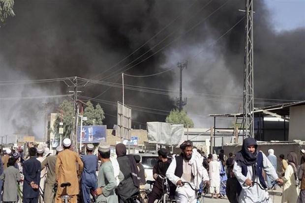 Taliban gianh quyen kiem soat them nhieu thanh pho o Afghanistan hinh anh 1