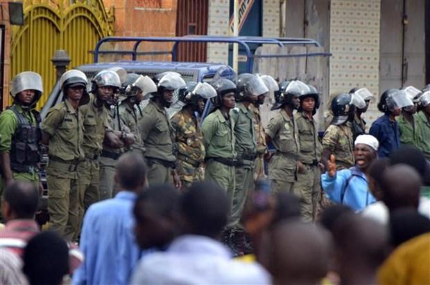 Guinea: Luc luong dao chinh tuyen bo