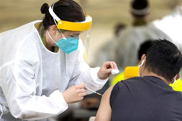 Australia giam cach ly nguoi tiem phong, Nicaragua duyet vaccine Cuba hinh anh 1