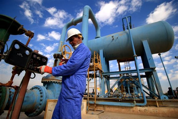 OPEC+ duy tri tang san luong, gia dau chau A mo rong da tang hinh anh 1