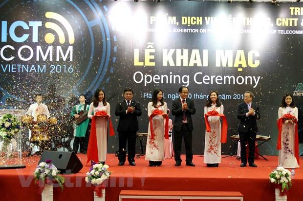 Nhieu cong nghe hien dai duoc gioi thieu trong VIETNAM ICT COMM 2016 hinh anh 1