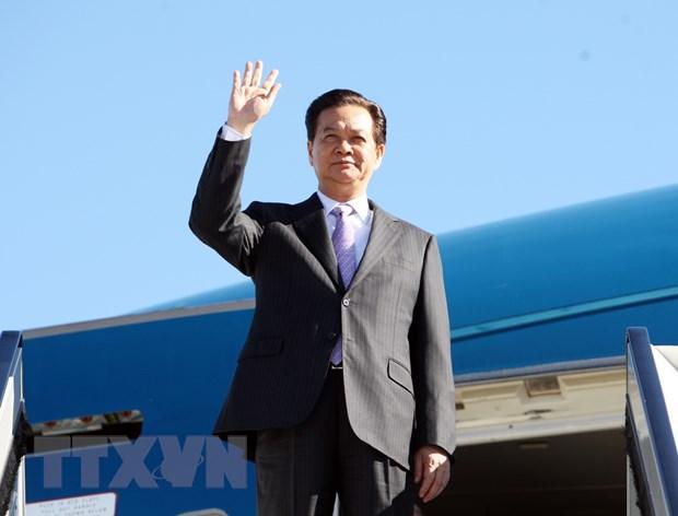 Thu tuong Nguyen Tan Dung bat dau chuyen tham du ASEM 10 hinh anh 1