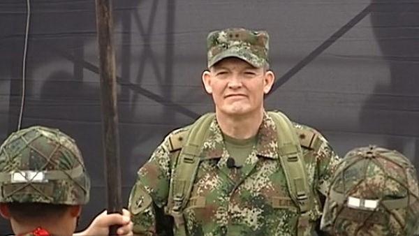 FARC bat mot tuong va keu goi chinh phu Colombia ngung ban hinh anh 1
