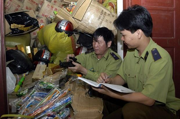 Hai Duong: Bat vu van chuyen gan 300 khau sung ban dan nhua hinh anh 1