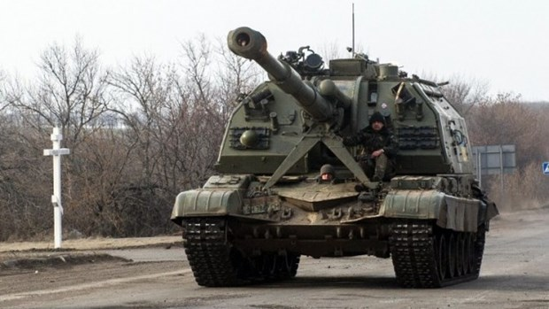 NATO to cao Nga dua hon 1.000 thiet bi quan su vao Dong Ukraine hinh anh 1
