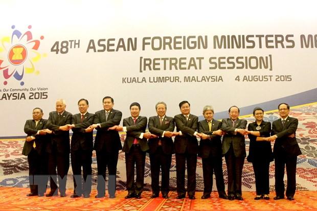 Cac bo truong ASEAN dat su nhat tri cao ve van de Bien Dong hinh anh 1