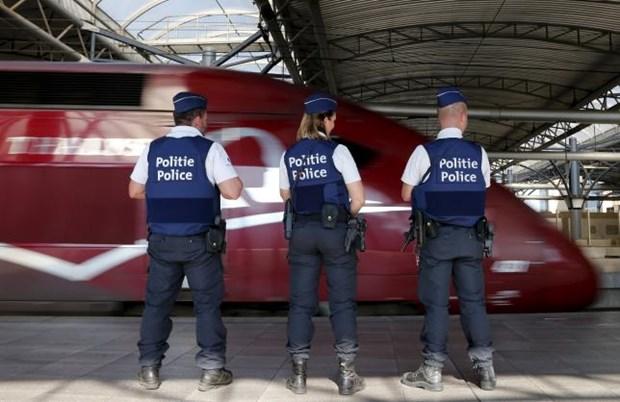Phap hoi thuc cac thanh vien EU ton trong Hiep uoc Schengen hinh anh 1