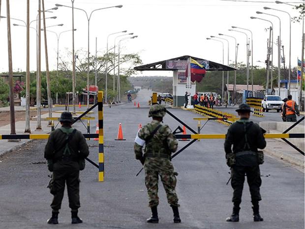Colombia cao buoc may bay quan su Venezuela xam nhap khong phan hinh anh 1
