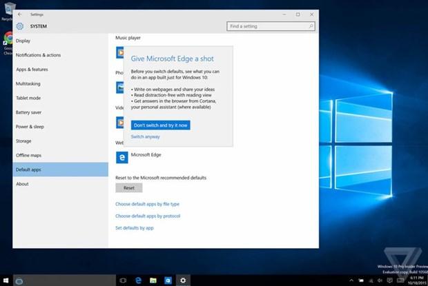 Microsoft ngan nguoi dung Windows 10 dung mac dinh Chrome hinh anh 2