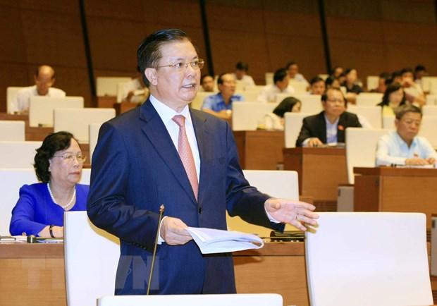Bo truong Tai chinh tra loi chat van: No cong la van de nong hinh anh 1