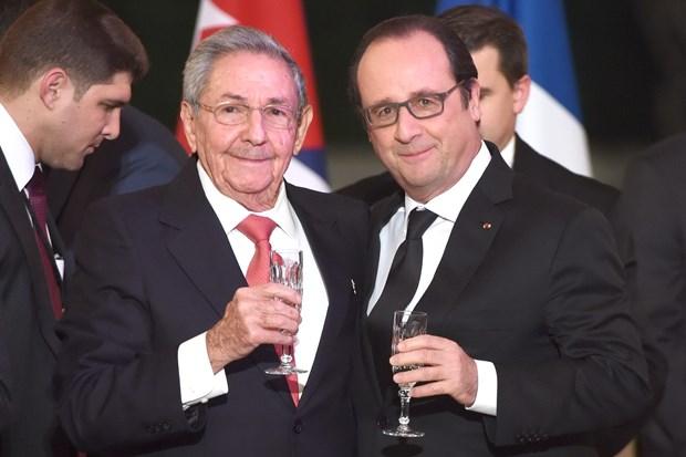 Tong thong Phap Hollande keu goi My cham dut trung phat Cuba hinh anh 1