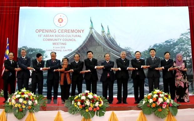 Khai mac Hoi nghi Hoi dong Cong dong Van hoa-Xa hoi ASEAN 15 hinh anh 1
