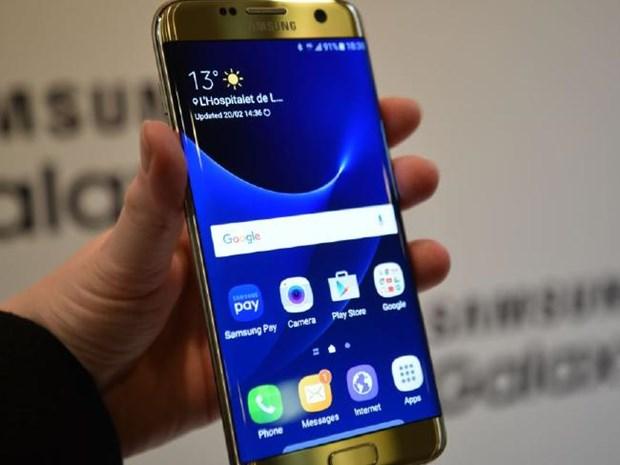 Samsung Galaxy S8 co the trang bi man hinh Ultra HD sieu net hinh anh 1