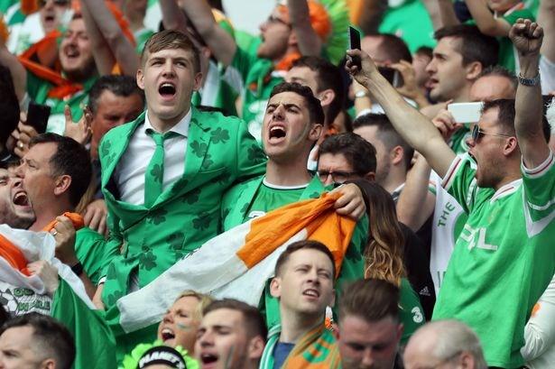 EURO 2016: Co dong vien Ireland chinh phuc nuoc Phap hinh anh 1