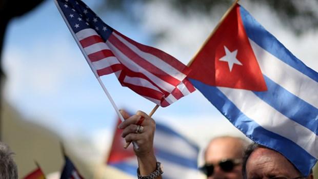 Nhieu de nghi ong Trump tiep tuc binh thuong hoa quan he voi Cuba hinh anh 1
