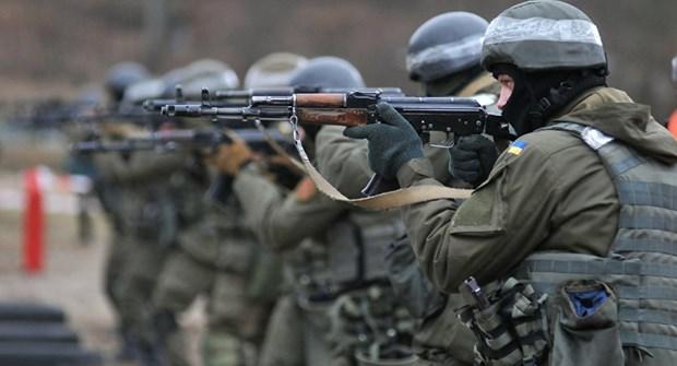 NATO neu dieu kien dam phan ve viec Ukraine gia nhap lien minh hinh anh 1