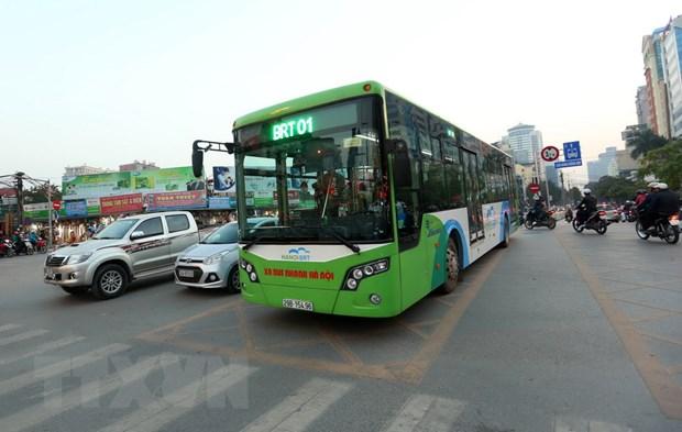 Phat trien xe buyt nhanh BRT o Ha Noi: Hieu qua va cac van de ton tai hinh anh 1