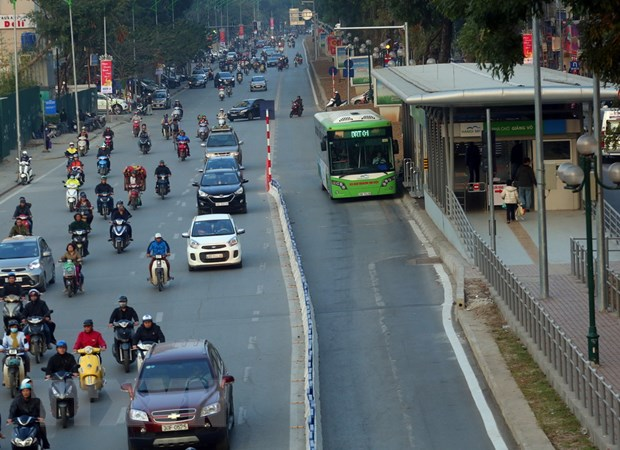 Phat trien xe buyt nhanh BRT o Ha Noi: Hieu qua va cac van de ton tai hinh anh 2