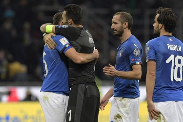 Italy lo hen World Cup 2018: Canh cua khac bao gio mo ra? hinh anh 1