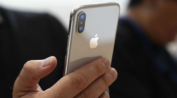 iPhone 2018 co the se duoc trang bi toan bo chip mang cua Intel hinh anh 1