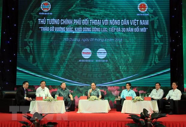 Thu tuong Nguyen Xuan Phuc doi thoai voi nong dan tai Hai Duong hinh anh 2