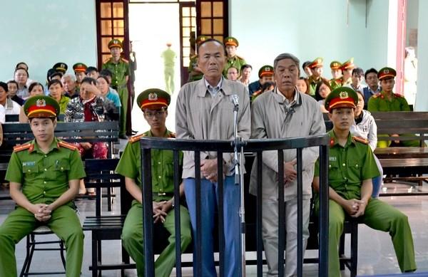 Ninh Thuan: Y an so tham hai bi cao loi dung cac quyen tu do dan chu hinh anh 1