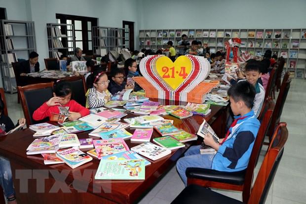 An tuong dep truoc them Ngay Sach Viet Nam lan thu 5 hinh anh 1