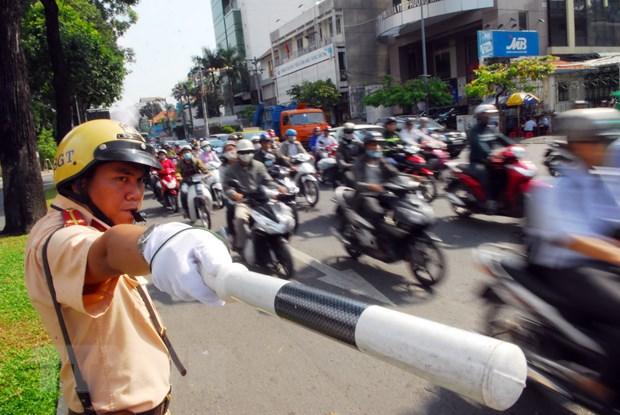 Thanh pho Ho Chi Minh phan luong giao thong dip nghi le 30/4 va 1/5 hinh anh 1