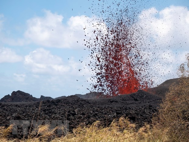 My: Cu dan tai Hawaii so tan do dung nham nui lua Kilauea hinh anh 1