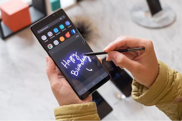 Samsung se cho ra mat mau dien thoai Galaxy Note 9 vao ngay 9/8 hinh anh 1