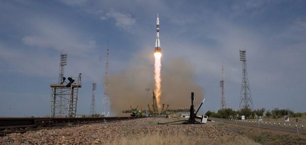 Nga phong thanh cong tau vu tru Soyuz-MS 09 len tram ISS hinh anh 1