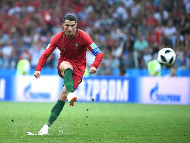Patrice Evra bat mi ve y chi kien cuong cua Cristiano Ronaldo hinh anh 1