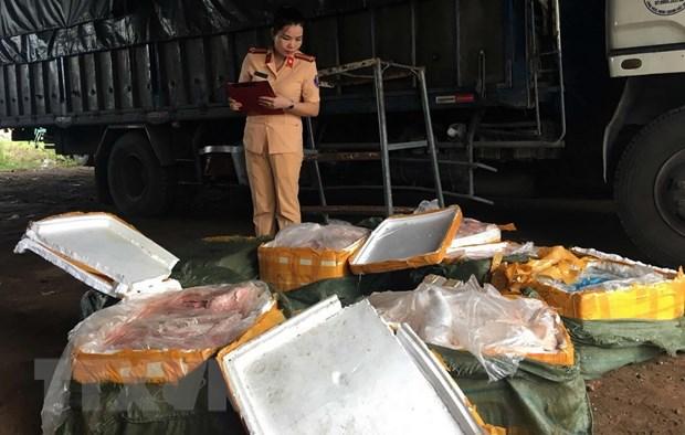 Thanh Hoa phat hien xe tai van chuyen 2,5 tan thit lon ban hinh anh 1